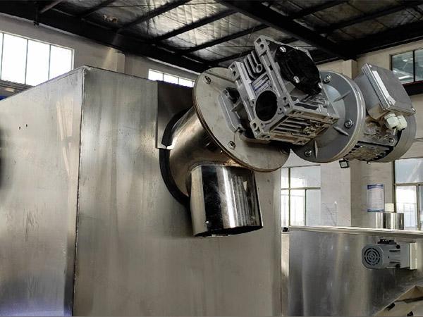 火锅中小型埋地式多功能油水分离器设备是什么