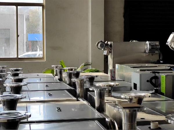 餐饮环保智能型隔油强排设备维护