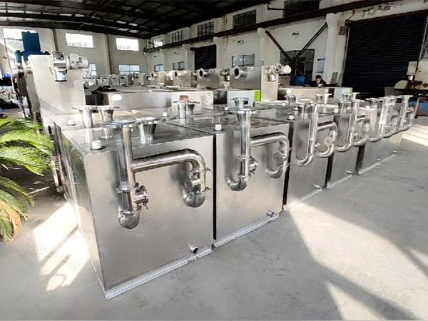 商业地埋式大智能型油水分离一体化设备组成