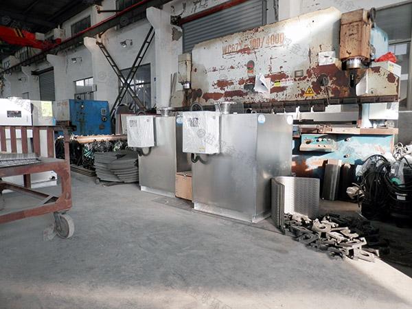 生活室内大自动除渣隔油提升设备一体化装置组成