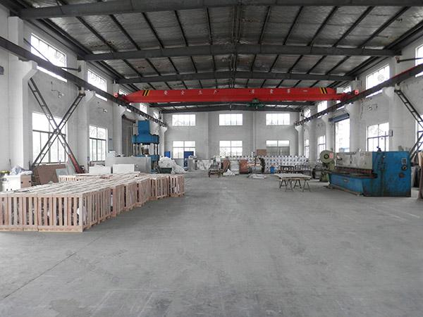 工厂食堂3.1米*1.2米*1.85米用砖做隔油一体化提升装置施工工艺